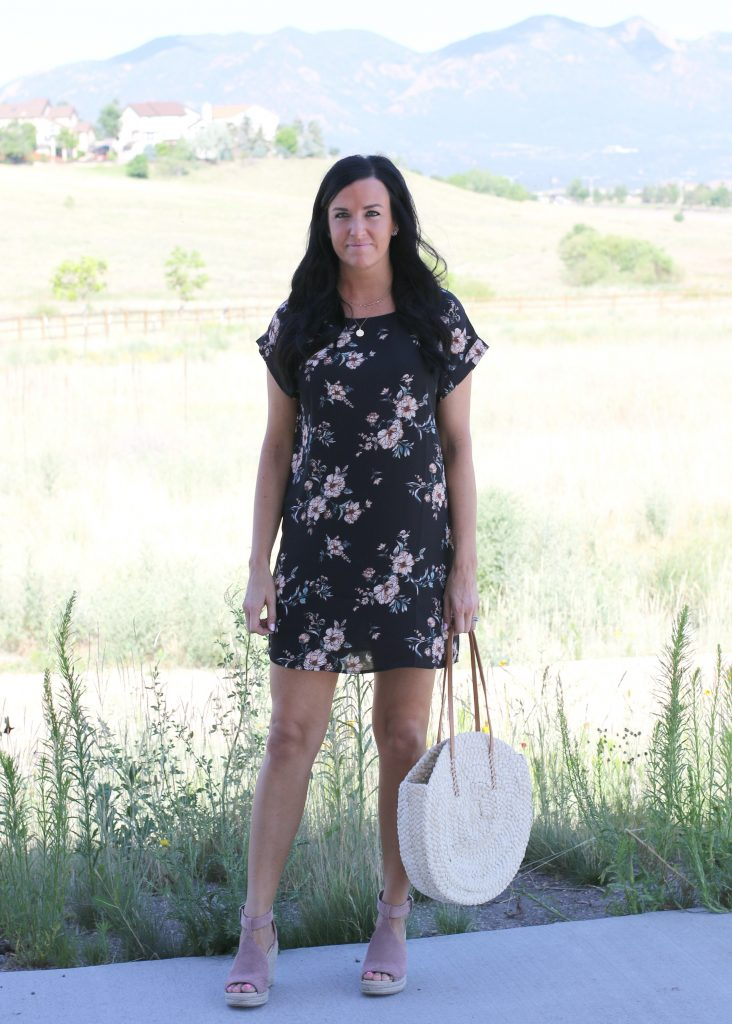 What to Wear with a Summer Shift Dress | Teacherfashionista | Jules