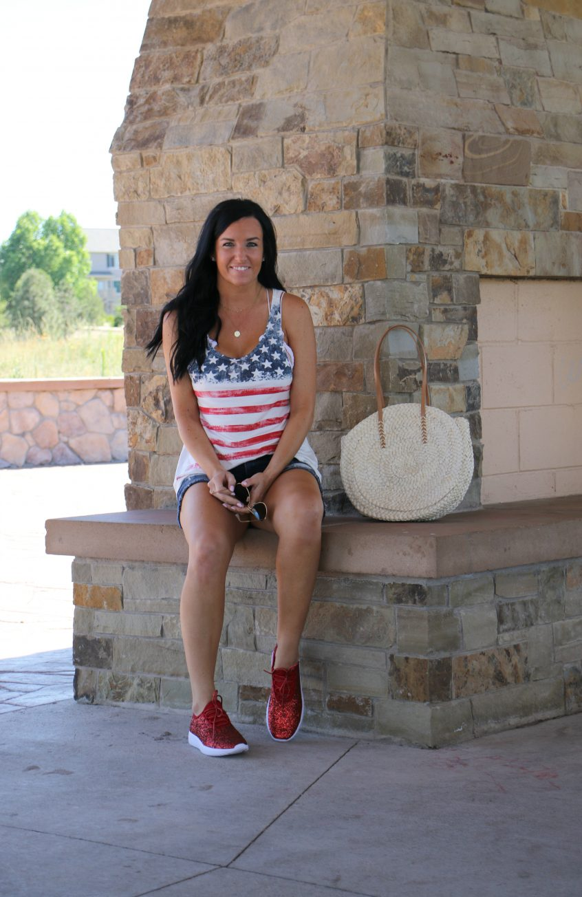 4th of July Outfit | Glitter Sneakers | Fashion Junkee | Teacherfashionista